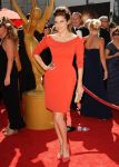 Celebrities Wonder 64698403_2013-Creative-Arts-Emmy-Awards-red-carpet_Lake Bell 2.jpg