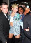 Celebrities Wonder 6544487_miley-cyrus-hotel_7.jpg