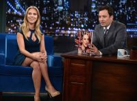 Celebrities Wonder 71205688_scarlett-johansson-Late-Night-with-Jimmy-Fallon_7.jpg