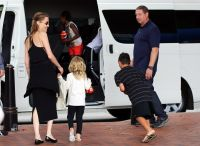Celebrities Wonder 7385832_angelina-jolie-children_7.JPG
