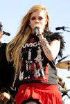 Celebrities Wonder 74927810_iHeartRadio-Music-Festival -2013-day-2_Avril Lavigne 2.JPG
