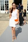 Celebrities Wonder 8191147_dior-spring-2014-front-row_Olga Kurylenko 1.jpg