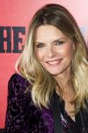 Celebrities Wonder 8215718_the-family-ny-premiere_Michelle Pfeiffer 2.jpg