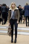 Celebrities Wonder 83156049_burberry-spring-2014-front-row_Suki Waterhouse 1.jpg