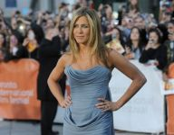 Celebrities Wonder 89880395_jennifer-aniston-toronto-2013-life-of-crime_4.jpg