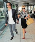 Celebrities Wonder 91028377_kate-winslet-Heathrow-Airport_1.jpg