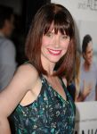 Celebrities Wonder 91734853_Thanks-For-Sharing-premiere-Hollywood_Bryce Dallas Howard 4.jpg