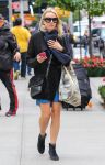 Celebrities Wonder 94017692_naomi-watts-street-style_3.jpg
