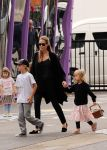 Celebrities Wonder 95651563_angelina-jolie-children-sydney_6.JPG