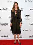 Celebrities Wonder 97498688_toronto-amfar-inspiration-gala_2.jpg