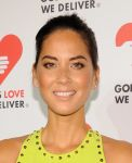 Celebrities Wonder 10538414_2013-Golden-Heart-Awards_Olivia Munn 4.jpg