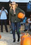 Celebrities Wonder 1432748_ali-larter-mr-bones-pumpkin-patch_1.jpg