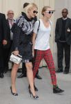 Celebrities Wonder 17998742_chanel-spring-2014-show-front-row_Rita Ora 3.jpg