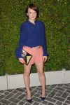 Celebrities Wonder 216336_chloe-los-angeles-fashion-show_Elisabeth Moss 1.jpg