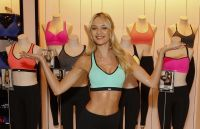 Celebrities Wonder 35255068_candice-swanepoel-launch-of-Worlds-Best-Sports-Bras-from-VS-Sport_6.jpg