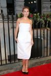 Celebrities Wonder 3571760_sienna-miller-BFI-gala-Dinner_4.jpg