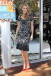 Celebrities Wonder 4611443_molly-sims-Airbnb-Presents-Hello-LA_5.jpg