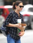 Celebrities Wonder 5002734_katie-holmes-new-york_4.jpg