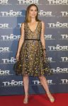 Celebrities Wonder 52215374_natalie-portman-thor-the-dark-world-paris-premiere_2.jpg