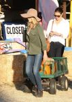 Celebrities Wonder 6192792_ali-larter-mr-bones-pumpkin-patch_5.jpg