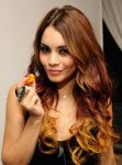 Celebrities Wonder 68334402_vanessa-hudgens-ulta-beauty_7.jpg
