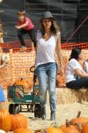 Celebrities Wonder 78497274_jessica-alba-at-Mr-Bones-Pumpkin-Patch_2.jpg