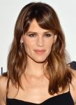 Celebrities Wonder 89463333_jennifer-garner-2013-Save-The-Children-gala_5.jpg