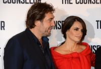 Celebrities Wonder 90704668_penelope-cruz-The-Counselor-London-photocall_7.jpg
