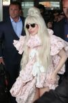 Celebrities Wonder 93531869_lady-gaga-Berlin-Tegel-Airport_7.jpg