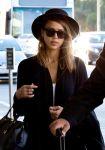 Celebrities Wonder 96651481_jessica-alba-lax-airport_6.jpg