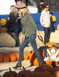 Celebrities Wonder 96724675_ali-larter-mr-bones-pumpkin-patch_2.jpg
