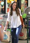 Celebrities Wonder 10313377_minka-kelly-Shopping-at-Whole-Foods_4.jpg