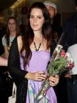 Celebrities Wonder 14337304_lana-del-rey-at-LAX-Airport_6.JPG