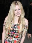 Celebrities Wonder 16999710_avril-lavigne-good-morning-america_5.jpg