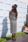 Celebrities Wonder 19962122_naomi-campbell-Victoria-Derby-Day_2.jpg