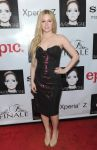 Celebrities Wonder 21261245_avril-lavigne-album-release-party_2.jpg
