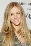 Celebrities Wonder 21981324_Isabel-Marant-for-HM-VIP-Pre-Shopping-Event_Brooklyn Decker 4.jpg