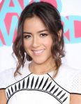 Celebrities Wonder 27109313_2013-TeenNick-HALO-Awards_Chloe Bennet 4.JPG