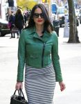 Celebrities Wonder 27460085_olivia-munn-nyc_5.jpg