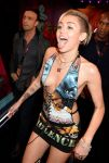 Celebrities Wonder 2757905_miley-cyrus-2013-mtv-ema_4.jpg