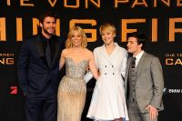 Celebrities Wonder 2841501_Hunger-Games-Catching-Fire-berlin-premiere_8.jpg