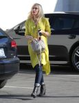 Celebrities Wonder 3477091_pregnant-gwen-stefani_3.JPG
