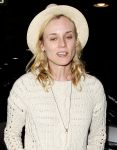 Celebrities Wonder 3696007_diane-kruger-airport_8.JPG
