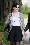 Celebrities Wonder 41811679_anne-hathaway-birthday_5.jpg