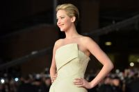 Celebrities Wonder 45117039_jennifer-lawrence-Hunger-Games-Catching-Fire-premiere-rome_6.jpg