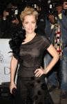 Celebrities Wonder 4962400_Harpers-Bazaar-Women-of-the-Year-Awards-2013_Gillian Anderson 2.JPG