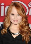 Celebrities Wonder 52232988_debby-ryan-meet-greet_8.JPG