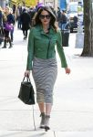 Celebrities Wonder 5341796_olivia-munn-nyc_2.jpg