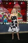 Celebrities Wonder 53589294_gwyneth-paltrow-Launches-Printemps-Christmas-windows_1.jpg