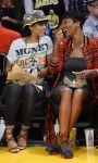 Celebrities Wonder 56965774_rihanna-basketball-game_4.jpg